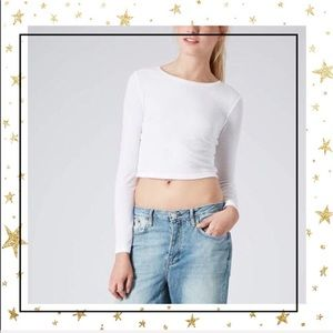 TopShop White ribbed cropped long sleeve top (D5)